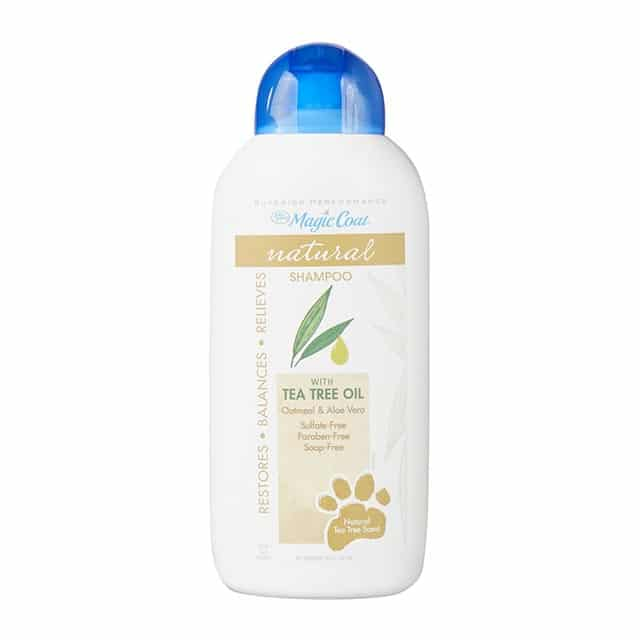 Four Paws Magic Coat Natural Shampoo with Tea Tree