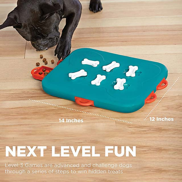 Outward Hound Nina Ottosson Dog Casino Advanced Puzzle Toy_3